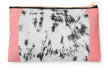 Produkte & Designs | Blush Pink / Einer der Wohntrends 2017 - Blush Pink ist unaufdringlich und feminin. Entdeckt die passenden Designs auf diesem Redbubble-Board!