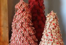Christmas Trees / Ideas for styrofoam tree decorations