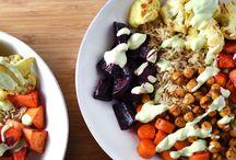 Salad bowls / Food