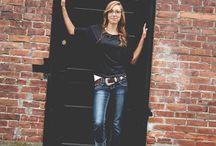 Poses for senior girls  / by Kelsie Copeland