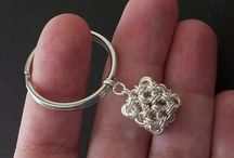 Jewelry: Wirework, Chainmaille / Tutorials + inspiration. / by Dulce R-L
