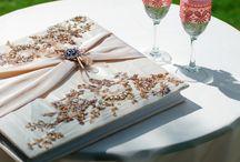 Mitwirkende auf der Hochzeit / Wer ist an einer Hochzeit beteiligt? Wer macht was? Auf Moderne Hochzeit erfahren Sie unter Ratgebern mehr Informationen über Mitwirkende auf der Hochzeit.