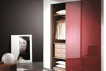 Organiza tu espacio / ¿Problemas de espacio? Encuentra todo lo que necesitas para organizar tu espacio y disfrutar de tu hogar. #leroymerlin #armario #vestidor