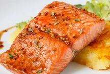 Лосось рецепты / Лосось – крупная рыба с нежным мясом розового цвета.