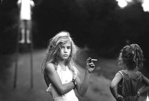 Sally Mann / Sally Mann (born 1951) is an American photographer, best known for her large format black & white photographs, at first of her young children, then later of landscapes suggesting decay and death.