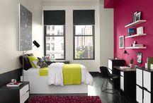 Benjamin Moore to więcej niż marka. To styl życia. / Ekskluzywne farby Benjamin Moore zmieniają klimat Twojego wnętrza, wprawiając ściany w taniec pod wpływem przenikającego światła i kuszą Cię do spędzania w nim wolnego czasu.  http://fantazjastudio.pl/oferta/farby
