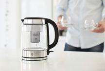 Wasserkocher / Schnell, heißes Wasser für Tee, Kaffee oder Babynahrung. Hier gibt's die besten Tipps und modernsten Geräte.
