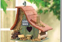 Bird Houses, Feeders And Baths 1 / Bird houses and feeders for birds with discerning tastes!