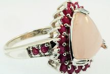 Autumn / Fall Jewellery / Fall in love with some of the most beautiful jewellery that will look stunning with Autumn.