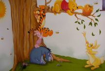 Winnie the Pooh wall mural. Nursery mural. Baby bedroom decor. / Winnie the Pooh wall mural. Nursery mural. Baby bedroom decor. #wallmural #winniethepooh #babybedroom #bedroomdecor