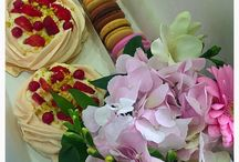 Gift box / Flowers & sweets
