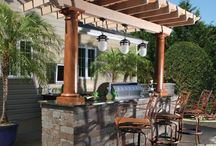 Outdoor kitchens and bars.  Outdoor entertaining. / Outdoor kitchens, bars, pergola, eating outdoors, outdoor deco, garden decoration