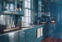 Lacquered Kitchen cupboards