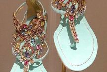 Shoes, handbags, jewelry and bling! / Fabulous things I wish I had .....