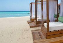 Traveling / Beach resorts