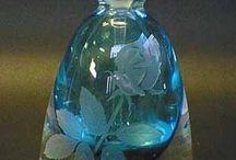 Parfyymi- ja tuoksupullot