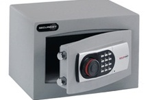 £3,000 Cash Rated Safes / These Safes have a 3k Cash rating and 30k valuables. These safes are available from www.littlesafe.co.uk