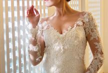 Lace Sleeve Wedding Dresses / Gorgeous wedding dresses featuring lace sleeves - one of 2016's hottest wedding trends