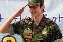 Military/ maskuline uniform