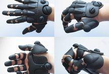 Scifi Hands 01