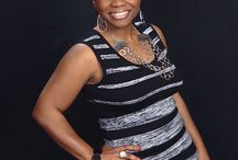 Author Shenette Pierce / Author Shenette R. Pierce