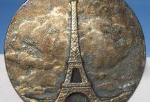 Boutons Tour Eiffel, Paris