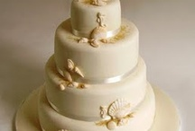 Wedding cakes / by Taylor Hobbs