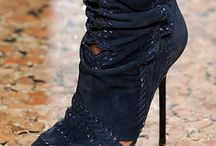 Shoe..