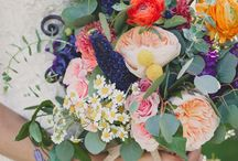 Flowers, flowers, flowers / by Nicole Rashid