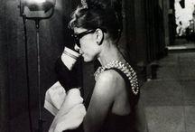 Women drinking coffee in style / Styling women & their coffee.