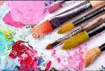 uso de pinceles para pintar flores