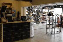 Clothing Shops- Clothes rails - retail garment displays - Dress rails - / Retail clothes displays - A range of dress rails - chrome garment rails - Slatwall clothing display - straight dress rails