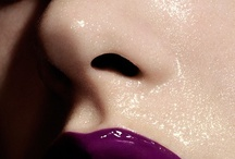 make up  / by Daniela Benitez V