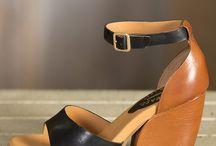 Shoe blues