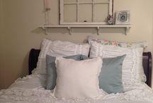 Shabby Chic Bedroom / by Rita Cirullo