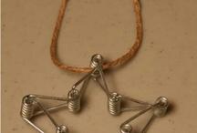 bracelets necklece
