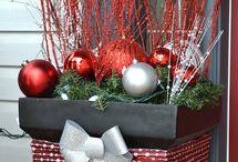Christmas Crafts / Christmas Decor, Christmas Ideas, Christmas Crafts, Christmas gifts, gift wrap, and more! / by Amanda - Mommity