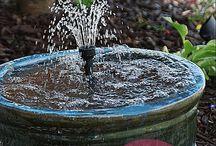 Wasser im Garten/water in the garden / Wasserspiele & Wasserläufe, Bachläufe, Teiche, Pools, Gartendusche Quellsteine usw.
