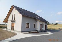 Projekt domu Bryza 2 / Projekt domu Bryza 2 stanowi wariantową wersję projektu Bryza. Od podstawowej wersji projektu odróżnia go powiększony, dwustanowiskowy garaż. Bryza 2 to nieduży domek dla cztero-pięcioosobowej rodziny, który można zaadoptować nawet na niewielką działkę.