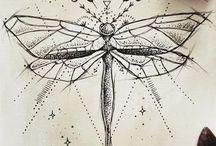 Τατουάζ με λιβελούλες