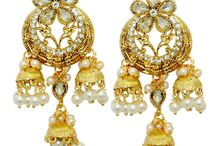 Earrings collections