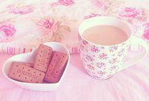 coffee and tea cups ☕
