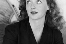 Bette Davis / by Erna Peters