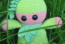 crochet/amigurumi / oh, how many things can I make to make my grandchildren happy  / by Ruth Bross