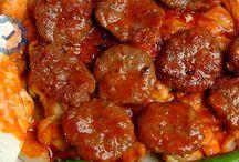 Et Yemekleri / Birbirinden favori et yemekleri tarifi ve çeşitlerini bu kategoride bulabilirsiniz.