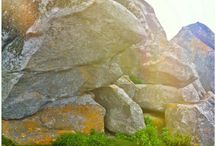 Bouldering at the beach of Kerlouan (Brittany; France)