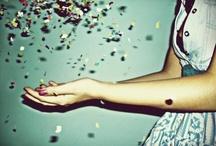 things that make me smile... / life joys, inspiration, motivation and things that make you smile! / by Ayla Khosroshahi
