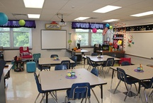Classroom Decor and Arrangement / Find all you need for decorating and styling out your classroom.  Bulletin boards, desk arrangement, focus walls, everything you need to stay beautiful!