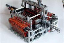 LEGO / All things brick-y & click-y
