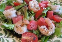 Salads / by Cindy Béland